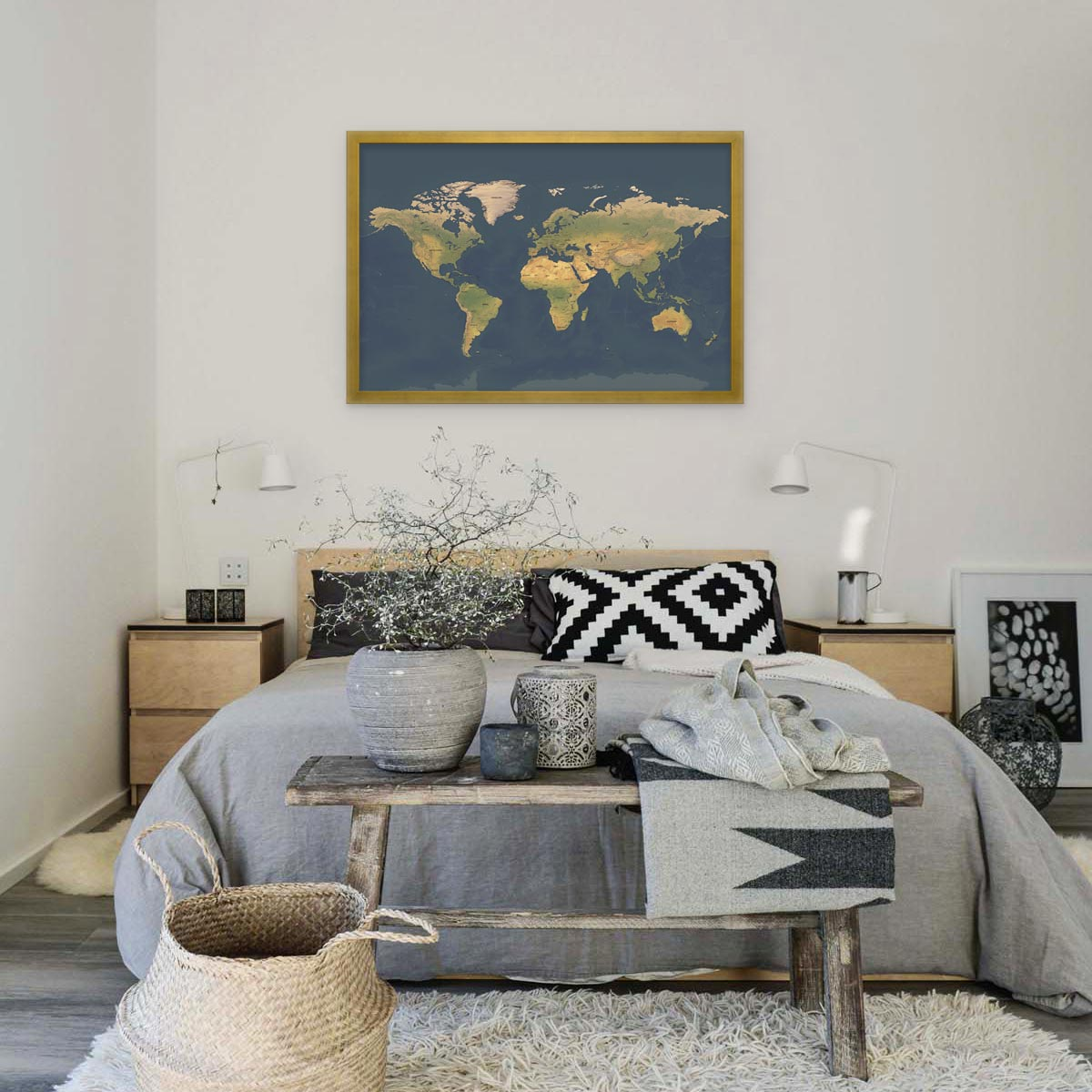 Wanaka Map Black Minimal Apartment